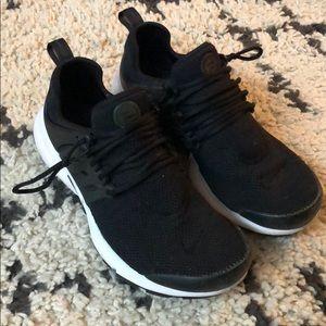 Black Nike Presto Sneakers